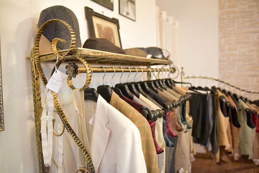 Mode im Stil der 50er Jahre