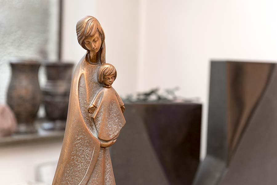 Grabmal Skulptur aus Guss