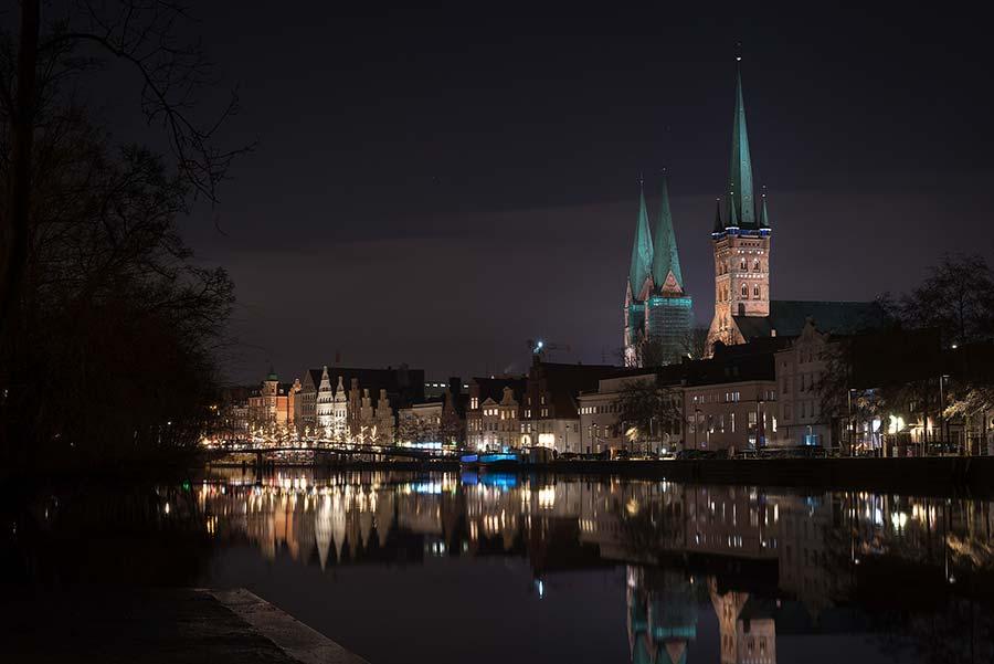 Altstadt mit Blick auf die Petrikirche und Marienkirche