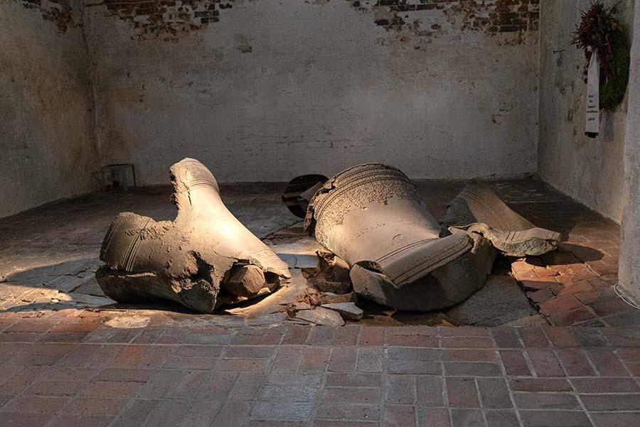 Zerstörte Kirchenglocken