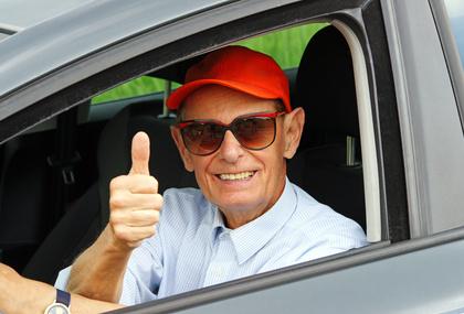 Gesundheitstests für ältere Autofahrer