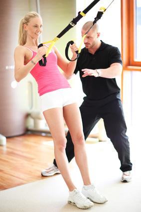 Eigengewicht Training mit Schlingen