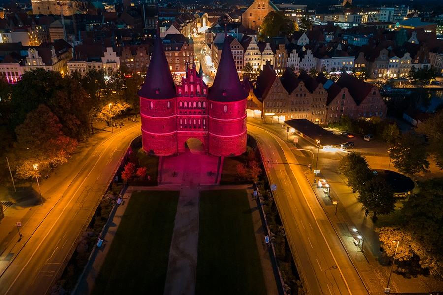 Holstentor in pink