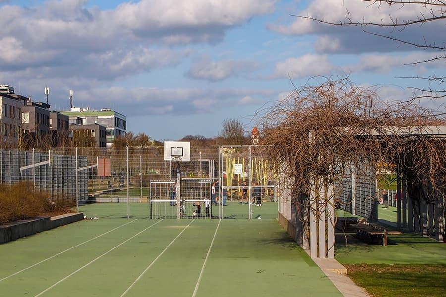 Basketball im Carlebach-Park
