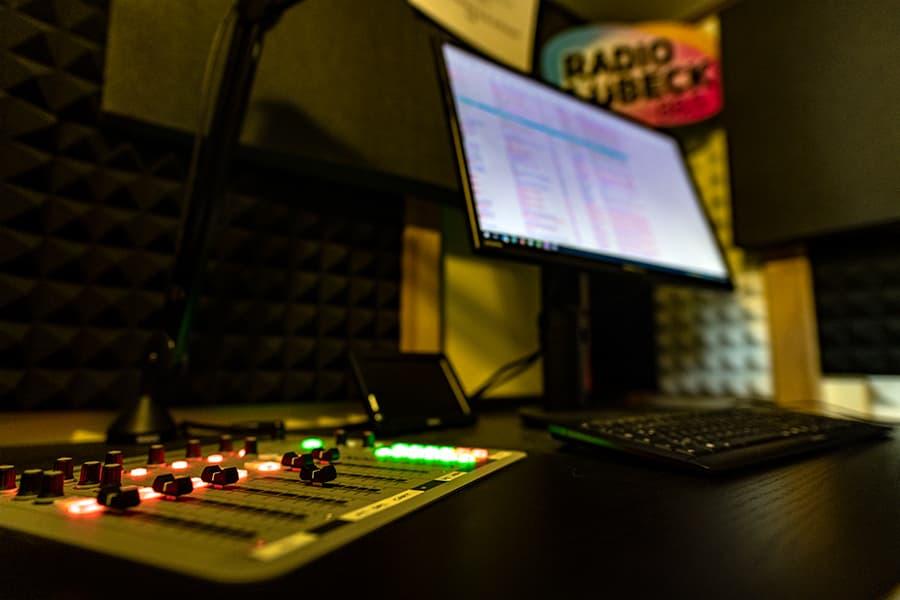 Job als Radiomoderator