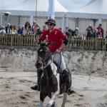 Polo-Spieler zu Pferd
