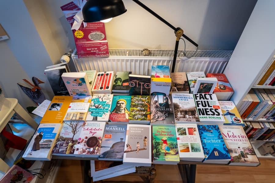 Viele Bücher im Leben von Finn-Uwe Belling